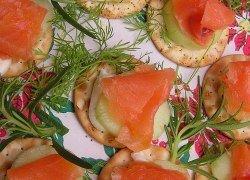smoked salmon canape